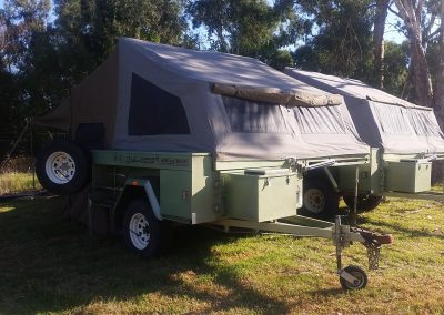 Have a relaxing holiday with a camper trailer from Deluxe Camper Trailers